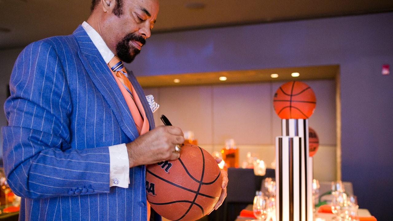 clyde frazier signing basketball